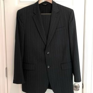 Men's Jos. A. Bank Suit